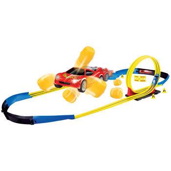 Bērnu rotaļu komplekts MOTORMAX Speedway-Jump and Crash W/1 Pull Back Car 78251 cena un informācija | Mašīnas, vilcieni, trases, lidmašīnas | 220.lv
