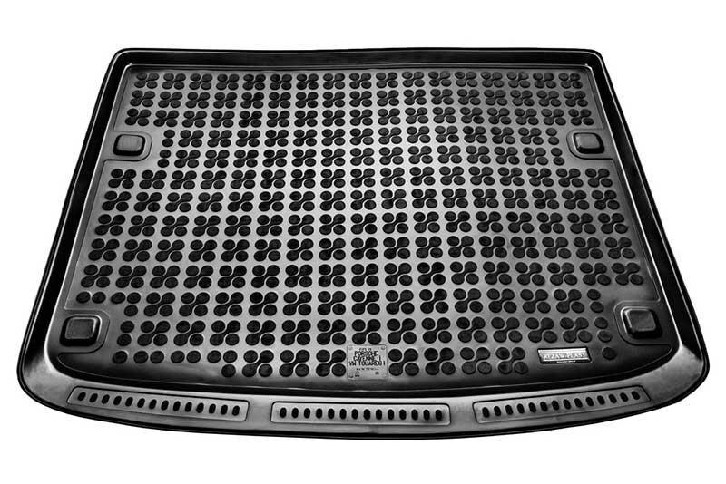 Gumijas bagāžas nodalījuma paklājiņš VW TOUAREG 5 s. 2003-2010 /231834 cena un informācija | Bagāžnieka paklājiņi pēc auto modeļiem | 220.lv