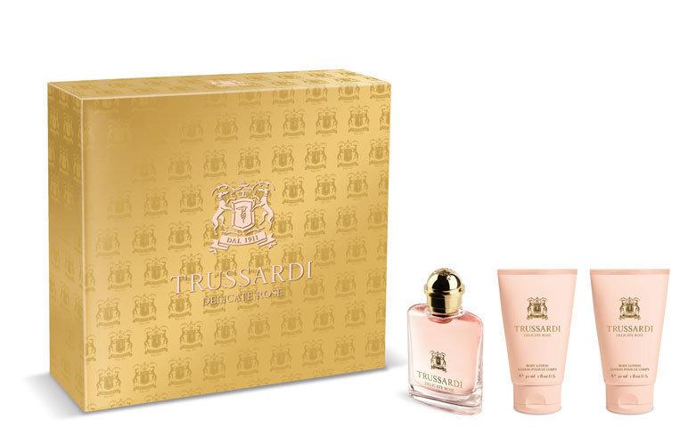 Komplekts Trussardi Delicate Rose: edt 30 ml + ķermeņa losjons 2x30 ml cena un informācija | Sieviešu smaržas | 220.lv