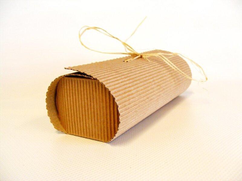 Dāvanu kastīte, 22x6x4cm cena un informācija | Dāvanu iepakojums | 220.lv