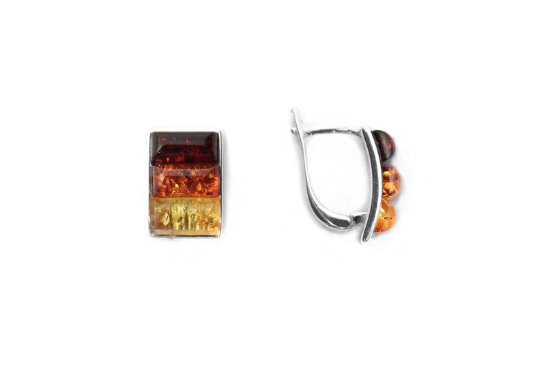 Sudraba auskari ar dzintaru cena un informācija | Auskari | 220.lv