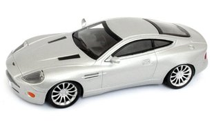 Модель машины Aston Martin Vanquish V8