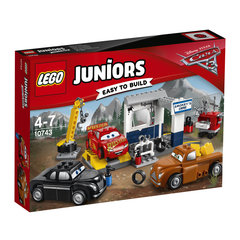 Konstruktors LEGO® Juniors Juniors Smokeys Garage 10743