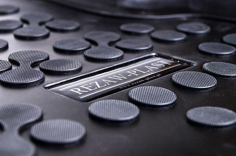 Guminiai kilimėliai Hyundai i20 2014--> internetā