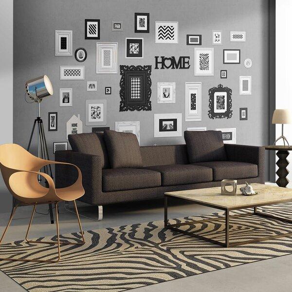 Foto tapete - Wall full of frames