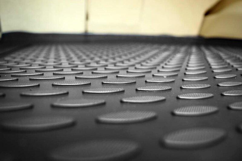 Gumijas bagāžnieka paklājs OPEL Zafira A 1999-2004, melns /N29028