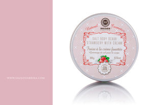 Солевой скраб для тела Saules Fabrika Strawberry with cream 300г