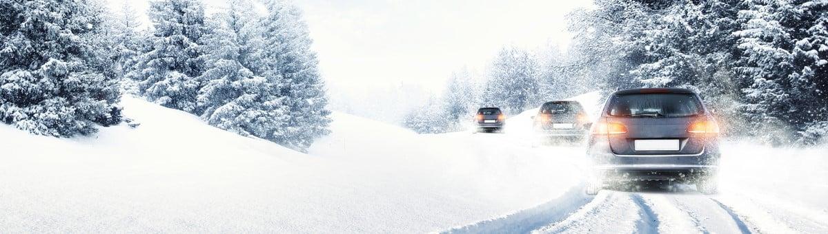 Kā ziemā iedarbināt aukstu automobiļa dzinēju?